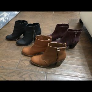 BOOTIES SIZE 7